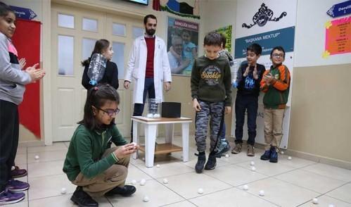 SİMURG öğrencileri iyi ve kötü davranışları eğlenerek öğrendiler